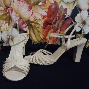 [Never Worn] Bandalino Ivory Leather Heels Sz.10